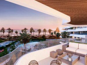 359-01-luxus-wohnung-direkt-am-strand-torremolinos-terrasse